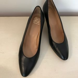 BROOKS BROTHERS BLACK CALF LEATHER HEELS NWOT